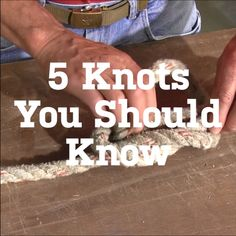 We'll show you how to become a master maker of five different knots. Includi… We'll show you how to become a master maker of five different knots. Including the bowline, figure square knot, sheet bend and the double half hitches. Read on to learn how! Survival Knots, Survival Tips, Survival Skills, Survival Videos, Bushcraft Skills, Camping Survival, Rope Knots, Macrame Knots, Tying Knots