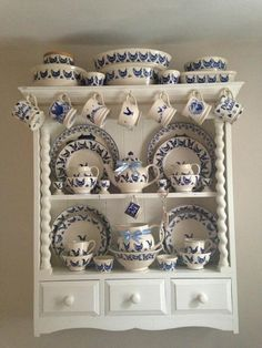 Emma Bridgewater Blue Hen Display......& what a beautiful display it is! Love, love, love!