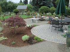 Ridgefield WA landscaping with hardscapes Modern Landscape Design, Modern Landscaping, Outdoor Living, Outdoor Decor, Flagstone, Small Patio, Layout, Overlay, Garden