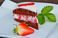 V kuchyni vždy otevřeno ...: Jednoduchý jahodový dort