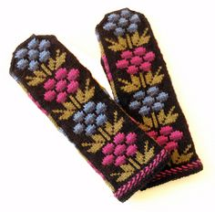 kainuu mittens for MIL