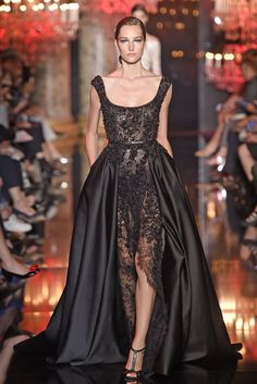 Elie Saab Couture Fall 2014 [Photo by Giovanni Giannoni]