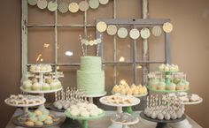 Style Me Pretty Baby Shower | photo lisi wolf photography the bump