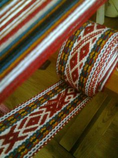 Inkle Weaving Patterns, Loom Weaving, Card Weaving, Tablet Weaving, Inkle Loom, Woven Belt, Weaving Projects, Textiles, Book Making