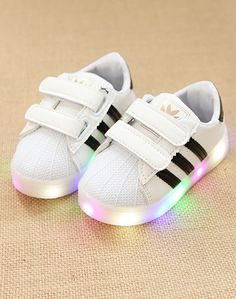 9ba8360f80b5e 2017 Famous brand LED lighting Cool Running baby sneakers for girls boys  Lovely casual shoes baby Casual cute girls boys shoes
