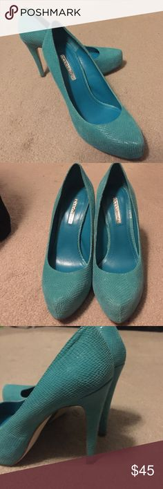 BCBGeneration Aqua Leather Pumps Leather upper, snakeskin print pump. Worn twice, like new! BCBGeneration Shoes Heels