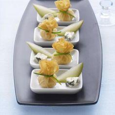 Heerlijke hapjes van brickdeeg met gorgonzola