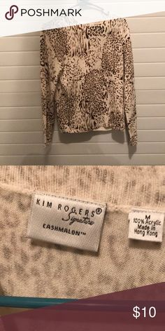 Shop Women's size M Sweaters at a discounted price at Poshmark. Plus Fashion, Fashion Tips, Fashion Design, Fashion Trends, Cheetah, Men Sweater, Shop My, My Favorite Things, Sweaters