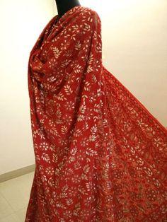 Red Gota Patti chikankari lehenga in USA Red Wedding Lehenga, Chikankari Suits, Indian Suits, Designer Sarees, Maxi Dresses, Fasion, Summer Wedding, Designers, Bridesmaid