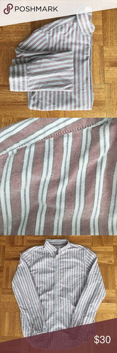 Gap Men's Modern Oxford 100% cotton. Red, white and blue vertical stripes. Classic fit. Never worn. GAP Shirts Casual Button Down Shirts