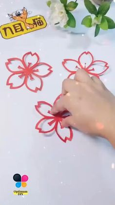 Paper Folding Crafts, Cool Paper Crafts, Paper Crafts Origami, Origami Art, Diy Arts And Crafts, Creative Crafts, Diy Paper, How To Make Paper Flowers, Paper Flowers Craft