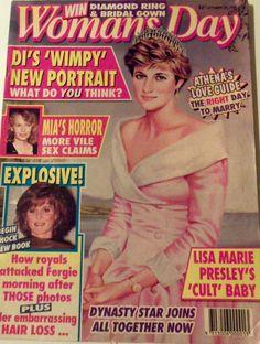 Princess Lady Diana Sarah Ferguson Woman's Day Magazine Oct 26, 1992 Royalty