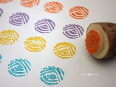 @zimmermanzoo had fun creating this potato stamp that looks like a yarn ball.