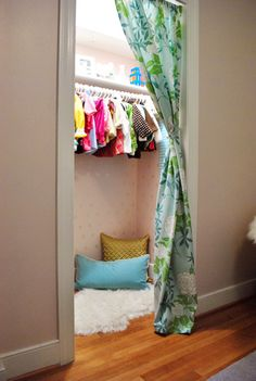 Love the curtain...click on the picture for more details....amazing ideas in this closet!