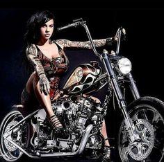 women and bikes: Photo Motorbike Girl, Motorcycle Outfit, Motorcycle Girls, Harley Bikes, Harley Davidson Bikes, Lady Biker, Biker Girl, Pin Up, Scooter Girl