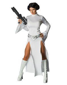 Looks like Leia is going a little Angelina Jolie for Halloween 2012.