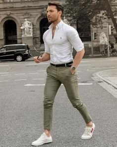 Pin by vialaven on men's outfits fashion, mens fashion suits Stylish Mens Outfits, Casual Outfits, Men Casual, Smart Casual Menswear Summer, Casual Shirts, Mode Outfits, Fashion Outfits, Men's Fashion, Lifestyle Fashion