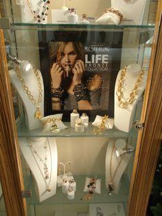Uno9Due, Riviera XX Settembre #Mestre #tuttaperme #gioielli #gioielleria #jewelry #shopping #orecchini #collana #bracciale #anello