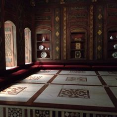 Reception room in Damascus, Syria portrayed at the MET, NYC circa 1119 AH representation. Gorgeous