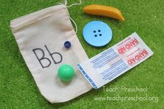 Make alphabet bags. Great way to help kids learn letter sounds. {Teach Preschool}