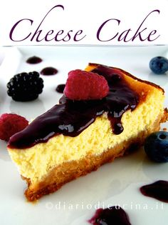 Cheesecake Philadelphia e Yogurt Cheese Cake Light, Macarons, Confort Food, Delicious Desserts, Yummy Food, Cake Factory, Best Cheese, Cheese Platters, Light Recipes