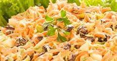 Ingredientes:   3 cenoura raladas (tipo palha grossa)  200 g de uvas passa sem caroço  1 xícara de azeitonas picadas ...