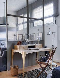 dormitorio con separador de ambientes
