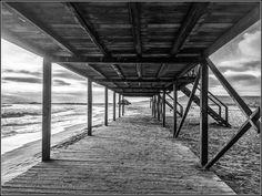 Junto al mar... #Salinas #Ecuador #AllYouNeedIsEcuador #iPhone by patrickgog_bw