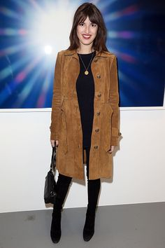 Jeanne Damas Pictures and Photos Jeanne Damas, Style Désinvolte Chic, Mode Style, Style Me, Cozy Fashion, Timeless Fashion, Girl Fashion, Style Parisienne, Look Jean