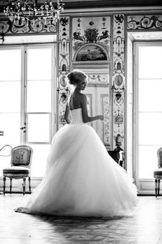 Toile!!  Flowing bridal beauty!