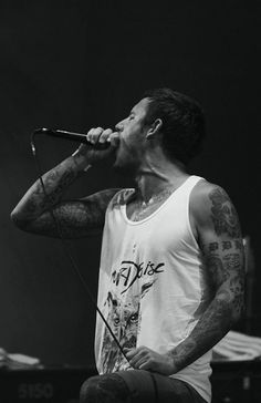 Winston McCall from Parkway Drive - Probably my favorite vocalist
