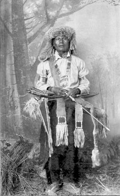 Jicarilla Apache Man in Native Dress with Fur Hat, Bow and Arrow, And Animal Skin Quiver - Randall - 1888 Native American Dress, Native American Music, Native American Symbols, Native American Quotes, Native American History, Native American Indians, Native Americans, Marguerite Duras, Native Indian