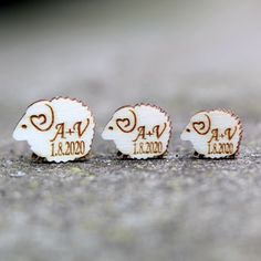 Beránci s iniciály - sada 10 ks (17mm) / Zboží prodejce wedding4you   Fler.cz Sad, Thing 1, Stud Earrings, Jewelry, Jewlery, Jewerly, Stud Earring, Schmuck, Jewels