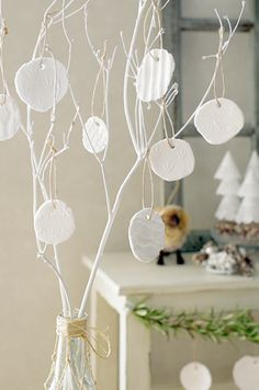 """Trying to homemade """"white clay ornaments"""" cute love ♡ unwind is soft texture Christmas Decorations For The Home, Christmas Projects, House Decorations, Diy And Crafts, Arts And Crafts, Clay Ornaments, White Clay, Clay Creations, Tree Branches"""