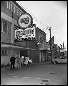 """Exterior of El Matamoros sign, Home of the """"Crispy Tacos"""", 504 East Ave. Photo courtesy of the Austin Public Library"""