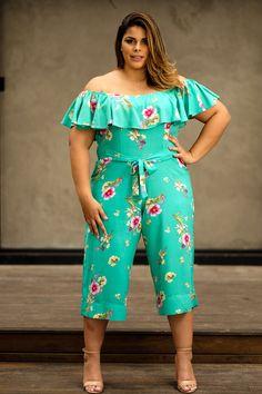 Plus size photos, plus size fashion and plus size tips Plus Size Tips, Plus Size Looks, Plus Size Jeans, Plus Size Dresses, Plus Size Outfits, Vestidos Plus Size, Modelos Plus Size, Mode Plus, Plus Size Jumpsuit