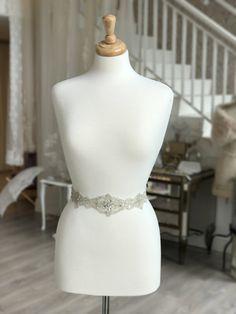 Thin Ivory Silver Seed Beaded Bridal Wedding Dress Belt Sash Vintage Style 3882