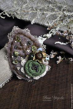 """Брошь """"Осенние тополя"""" - зелёный,коричневый,серо-коричневый,листик,брошь с камнями"""