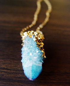This necklace is amazing!