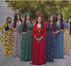 Kurdishgirl's. Funky Outfits, Stylish Outfits, Dress Outfits, Girl Outfits, Dinner Gowns, Arab Women, Party Skirt, Muslim Girls, Toddler Girl Dresses