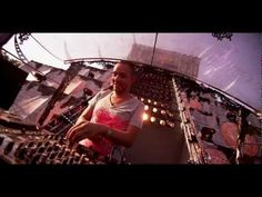 Wildstylez Feat. Niels Geusebroek - Year Of Summer (Official Videoclip) - YouTube