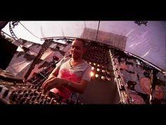 Wildstylez Feat. Niels Geusebroek - Year Of Summer (Official Videoclip) - YouTube