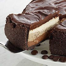GODIVA Dream Cheesecake Recipe - reminds me of the black tie mousse cake at Olive Garden but with cheesecake.