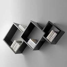 Trio de Nichos Paris Material: MDF Trio Dimensiones (W x H x D) Nicho 1 grande 30 x 30 x 15 Nicho 2 Medium 25 x 25 x 15 Nicho 3 Pequeños 20 x 20 x 15 Wooden Shelves, Floating Shelves, Wood Furniture, Furniture Design, Diy Home Decor, Room Decor, Regal Design, Book Racks, Wall Shelves Design