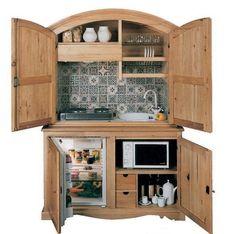 Миникухня-шкаф - удобное решение в винтажном стиле