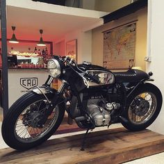 Here and now! Come and visit us!! >> #crd59 by @caferacerdreams  C/ Gonzalo Herrero, 11 (28039) Madrid. #motorcycle #motorcycles #crd #caferacerdreams #caferacer #bmw #r80st #madrid