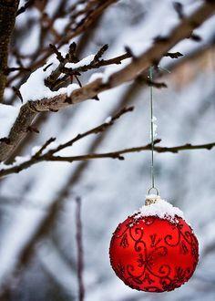 awesome-ball-christmas-tree-ornaments