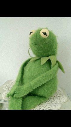"Memes Kermit The Frog The Muppets Ideas Super Memes Kermit The Frog The Muppets IdeasSuper Memes Kermit The Frog The Muppets Ideas Mood defteri Rastgele amreading books wattpad "" 1 2 3 chúng ta yêu nhau ♡ "" wholesome meme Kermit The Frog Meme, Funny Kermit Memes, Cute Memes, Cartoon Memes, Funny Jokes, Muppet Meme, Reaction Pictures, Funny Pictures, Funny Pics"