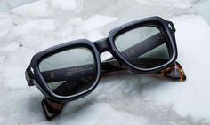 Men Sunglasses Fashion, Kids Sunglasses, Sunglasses Accessories, Mens Glasses Frames, Eyeglass Frames For Men, Eyewear Trends, Aviator Glasses, Eyeglasses, Glasses Style