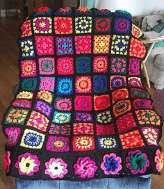 Granny Square Crocheted Afghan   £0